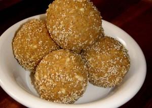 Tasty Peanut Ladoo Recipe
