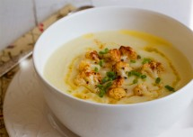 Cauliflower Cheese Hot Soup