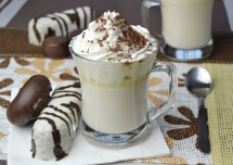 Homemade White Hot Chocolate Drink Recipe