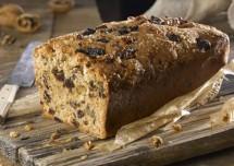 Tasty Dates and Walnut Cake Recipe