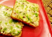 Delicious Cheese Chilli Toast Recipe