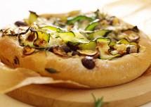 Delightful Mushroom and Zucchini Pizza Recipe