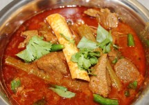 Know How to Make Spicy Indian Mutton Curry