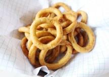 Ugadi Special Kodubale/Crispy Spicy Rings Recipe