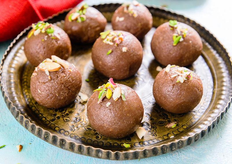 Chocolaty Chocolate Coconut Ladoo Recipe