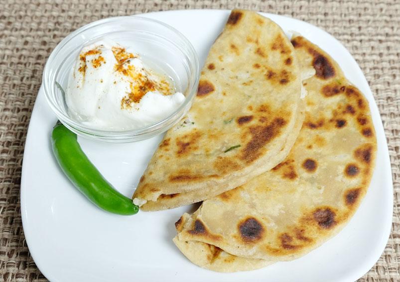 Easy Mooli Paratha Recipe | Yummyfoodrecipes.in