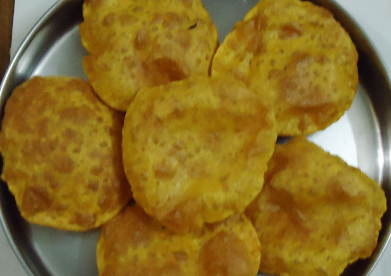 Easy and Tasty Masala Puri Recipe