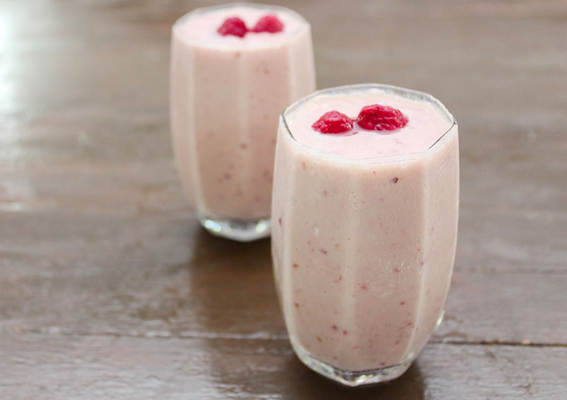 Mixed Berries and Banana Smoothie Recipe