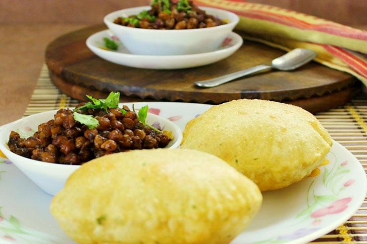 Yummy Pudina Puri Recipe