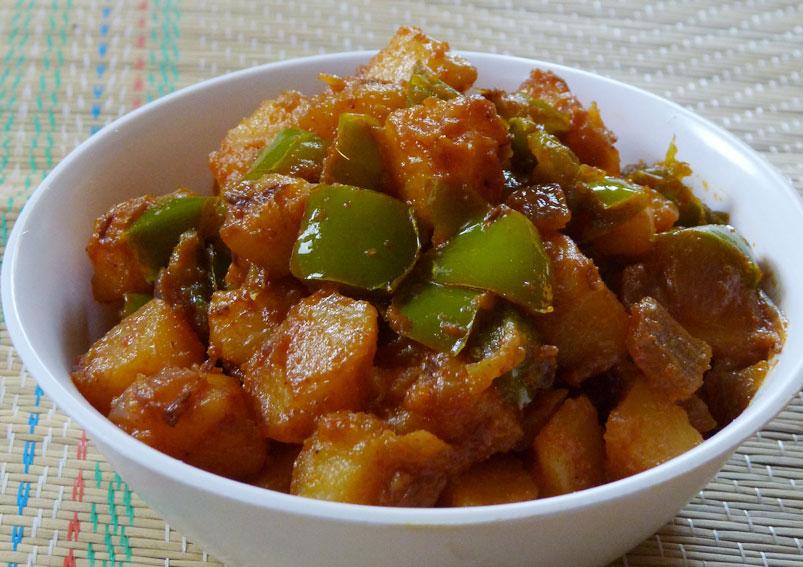 Spicy Aloo Capsicum Recipe