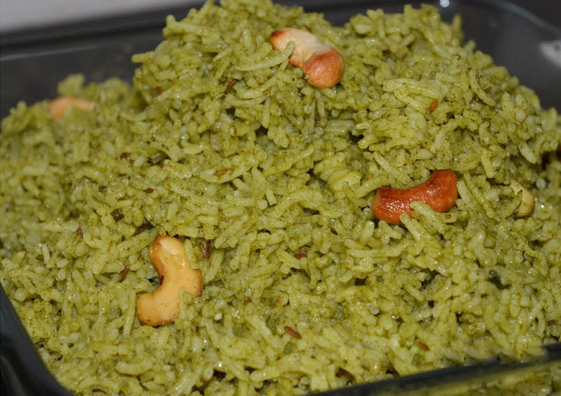 Tasty Spinach and Pea Rice Recipe