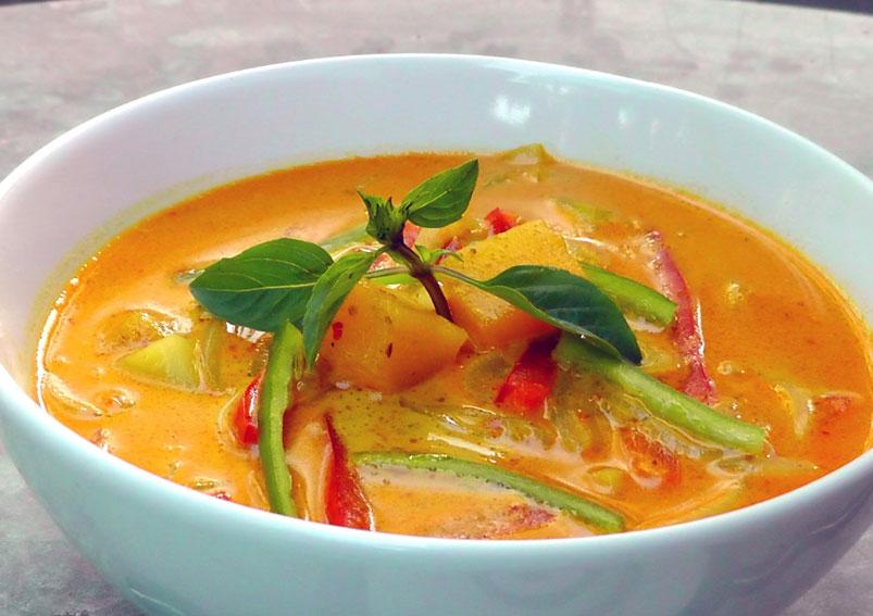 Vegan Thai Coconut Vegetable Curry Recipe