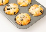 Cheesy Vegetarian Pizza Muffins